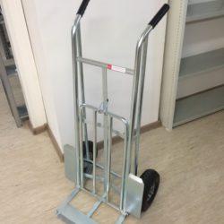 Noliktavu ratini VK 24 pumpejami gumijas riteni celtspeja 300 kg