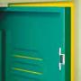 Bērnudārza garderobes skapja durvju aizdare ar magnētu