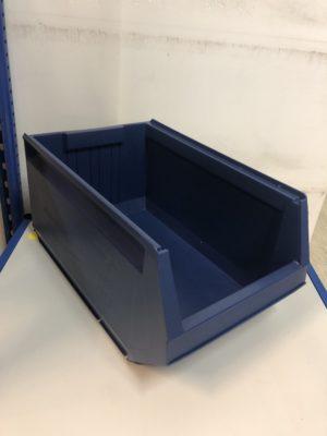 plastmasas-kaste-33l-tilpums-9072
