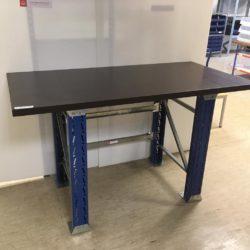 Metala-galds-SLP-ar-koka-virsmu-83071
