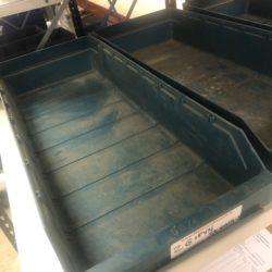 plastmasas-lietota-kaste-SK6024-s-zala-krasa