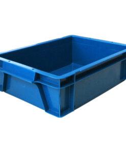 Plastmasas-kaste-ar-vaku-400-x-300-x-120-mm-gludas-sienas-un-pamatne.jpg