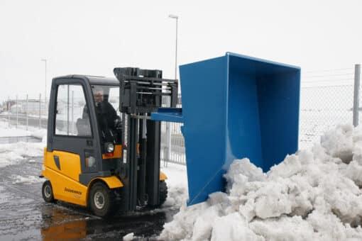 sniega-lapsta-un-smilsu-kauss-autoiekravejiem-3.jpg