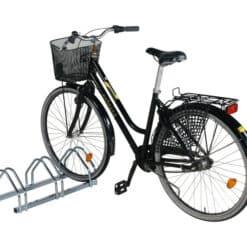 velosipedu-stativs-3-velosipediem.jpg
