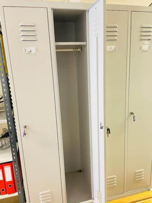 garderobes-skapis-ar-4-durvim-LIELT413055